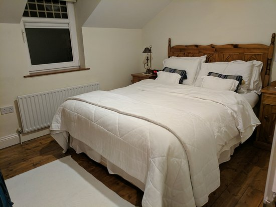 Castlegregory, Irlanda: Upstairs bedroom...very comfy