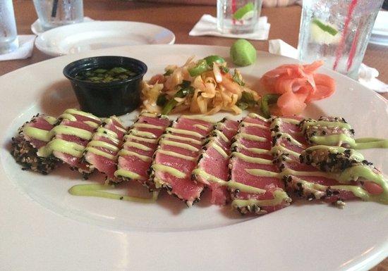 Hammonton, NJ: Delicious tuna appetizer!