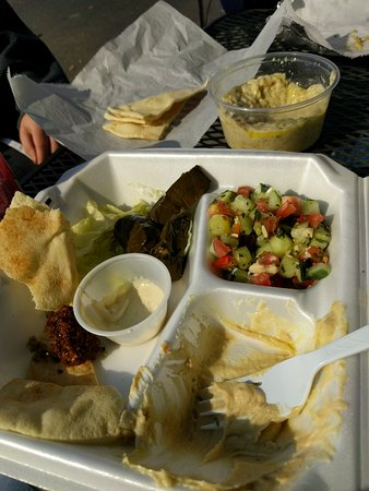 Oak Ridge, TN: Hummus plate