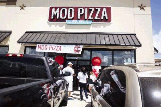 Car Dealerships In Conroe Tx >> Mod Pizza Picture Of Mod Pizza Conroe Tripadvisor