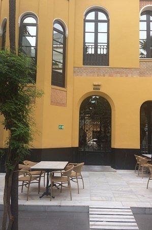 Hotel San Gil: Gezellig binnenplein