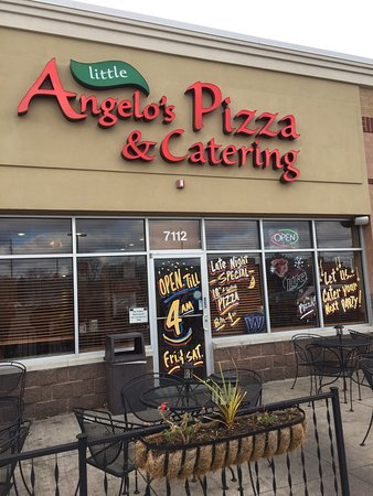Great Chicago Pizza Picture Of Little Angelo 39 S Pizza Rosemont TripAd