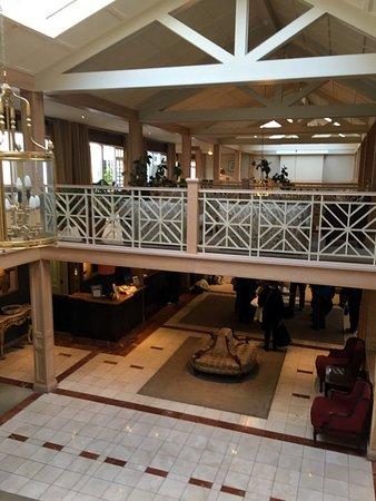 Furbo, Irlanda: Atrium/Lobby