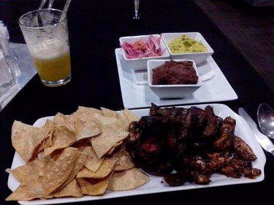 Minister Business Hotel: Excelente prato servido no restaurante do hotel. Sendo 15,3 dólares com o suco.