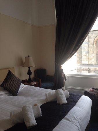 Keith, UK: Zimmer mit grosszügigen Fenstern