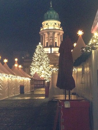 augustiner am gendarmenmarkt pork knuckle enough to feed a family of 4 christmas tree