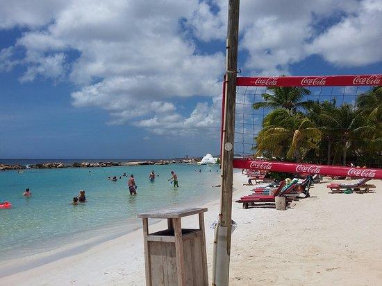 Lionsdive Beach Resort Photo