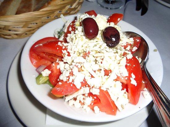 Pasparos Taverna : griechischer Salat
