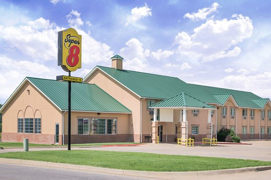 Super 8 Winfield/Quail Ridge Area