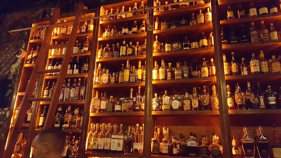 West End Shelves - Picture of Old Hickory Whiskey Bar