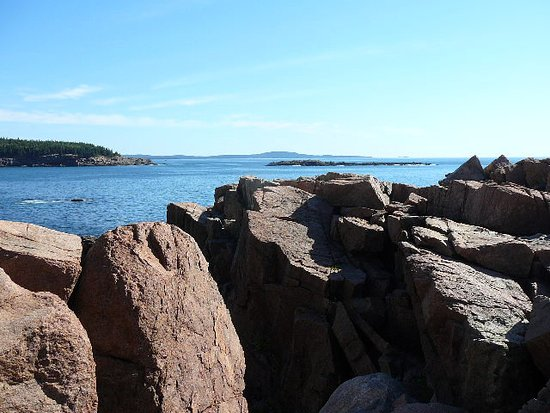 Giant rock outcroppings near thunder hole picture of for Thunder hole acadia