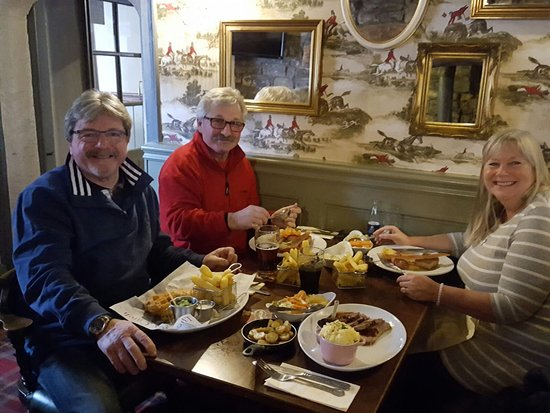 Cowbridge, UK: Lovely meal for 4 today ...2 porks 1 lamb and 1 fish and chips ....perfect!