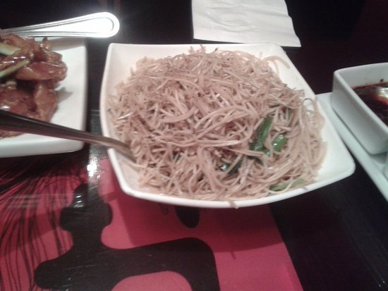 Hakka Restaurant and Bar: veggie noodles
