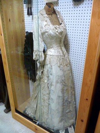 Murphys, CA: Wedding dress from another century.