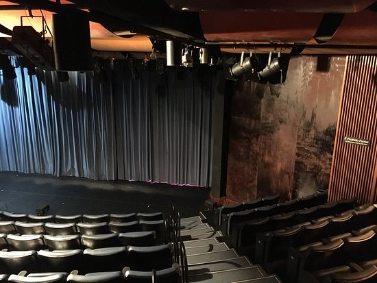 Cultura Inglesa Theater