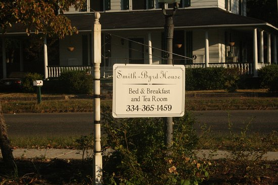 Prattville, AL: Front sign