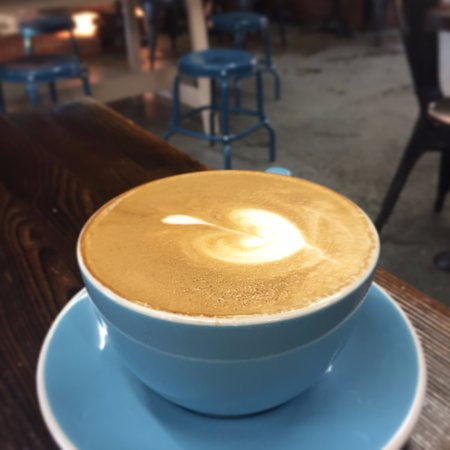 Jameson Brown Coffee Roasters: 8 oz latte