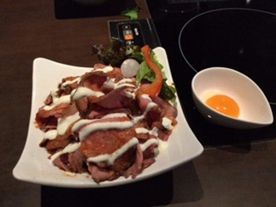 Butashabu Musubi: ローストビーフ丼(中)