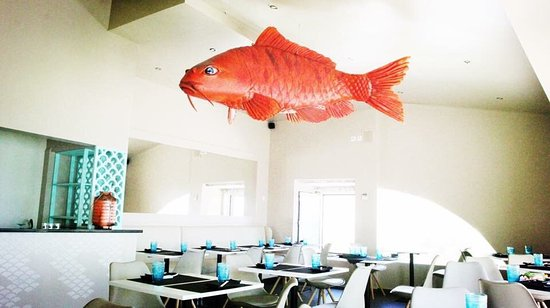 Paco de Arcos, Portugal: Yuzu Sushi Bar
