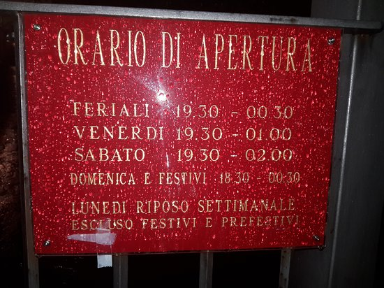 Mentana, Włochy: 20161120_012727_large.jpg