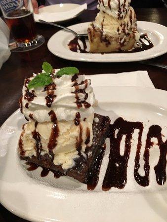 Side Street Inn: Bread pudding