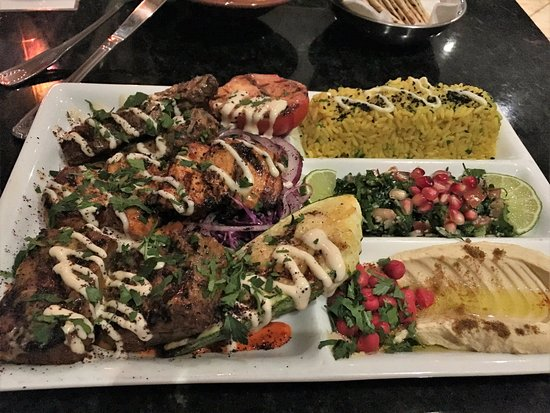 Chino Hills, Калифорния: chicken, filet mignon and lamb combo