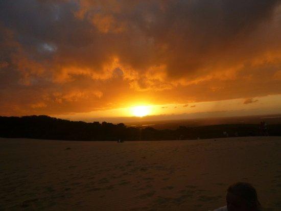 Tewantin, Australia: Carlo Sandblow sunset