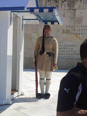 Marathon, Grécia: levée de la garde parlement athènes