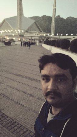 Faisal Mosque: IMG_20151230_235051_large.jpg