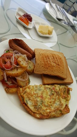 Reef Restaurant and Lounge Bar: Breakfast buffet