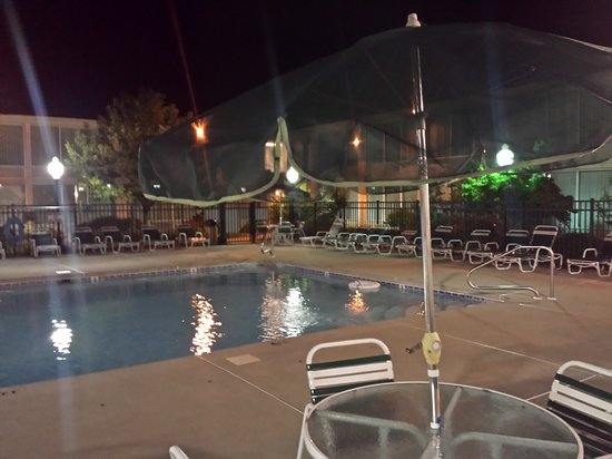 Bridgewater, Nueva Jersey: Gorgeous pool area.. One of the nicest I ve ever seen!