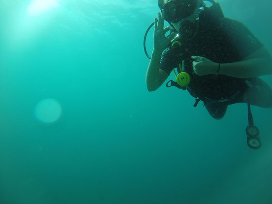 Gili Air, Indonesia: 4m deep