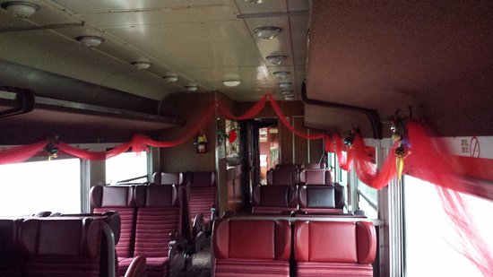 Waterloo Central Railway: The passenger car and it's decorations.