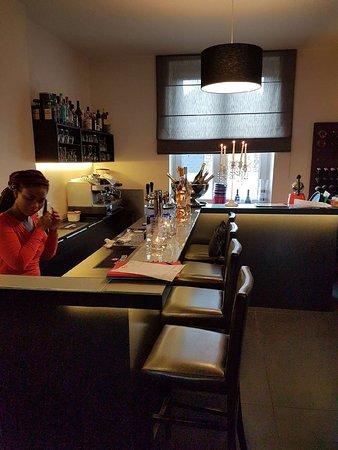 Λιέγη, Βέλγιο: Le Bar à Boeuf bis , et sa gentille serveuse