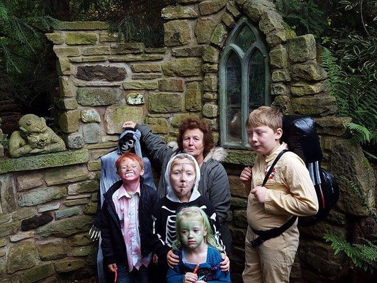 Hartlebury, UK: The nan the ghosts and the ghostbuster do whitlenge