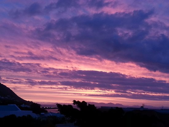 Gordon's Bay, South Africa: Sunset view from the Big Skies balcony