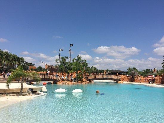 Carrisiland Resort: photo1.jpg