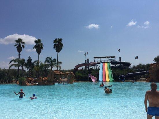 Carrisiland Resort: photo2.jpg
