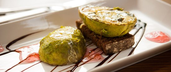Roybridge, UK: Avocado, Blue Cheese and Soda Bread