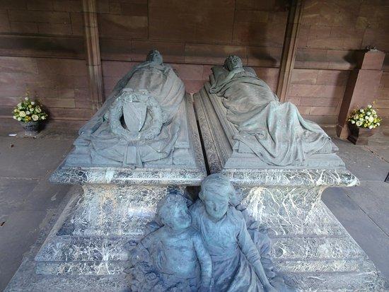 Port Sunlight, UK: Founders Tomb