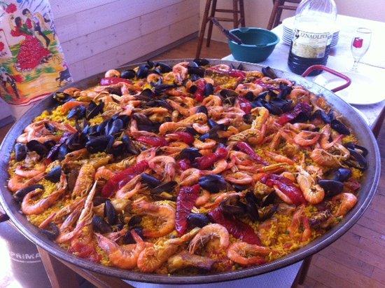 Perreux, France : Paella, a partir de 2 personnes , réservation env. 48h a l'avance (produits frais)