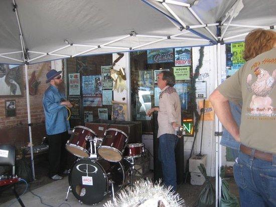 cat head delta blues folk art mini music festival