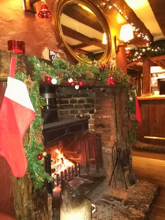 christmas at the robin hood