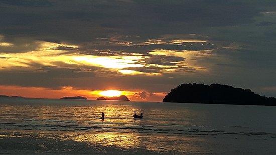 Thai-West Resort : Uitzicht van resort.