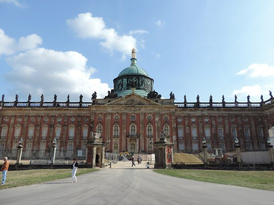 neues palais picture of neues palais potsdam tripadvisor. Black Bedroom Furniture Sets. Home Design Ideas