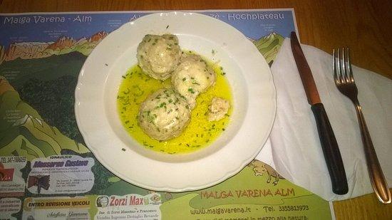 Varena, Italy: Canederli
