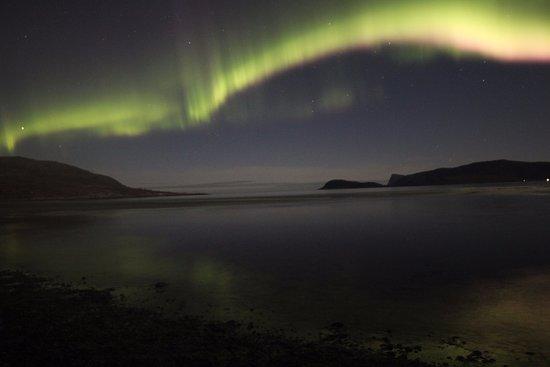 Krokelvdalen, Νορβηγία: Aurora at Sommarøy beach-Summer island