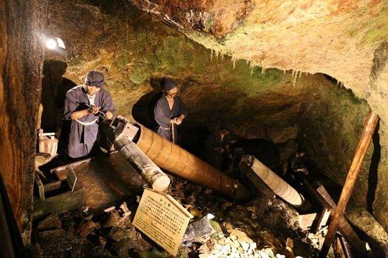 宗太夫坑コースの再現人形 - Picture of Historic Relic Sado Gold Mine, Sado - TripAdvisor