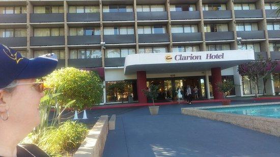 Clarion Hotel Anaheim Resort: IMAG0024_large.jpg