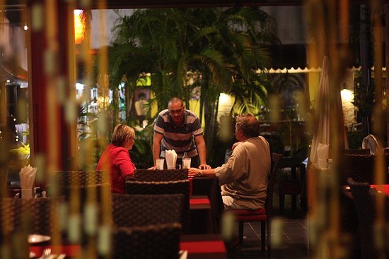 La Carbonara : Francesco talking  to our dear customers